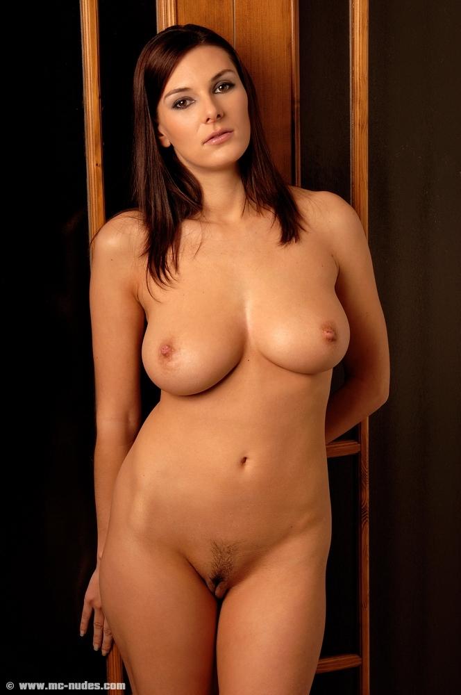 сочные и голые девушки