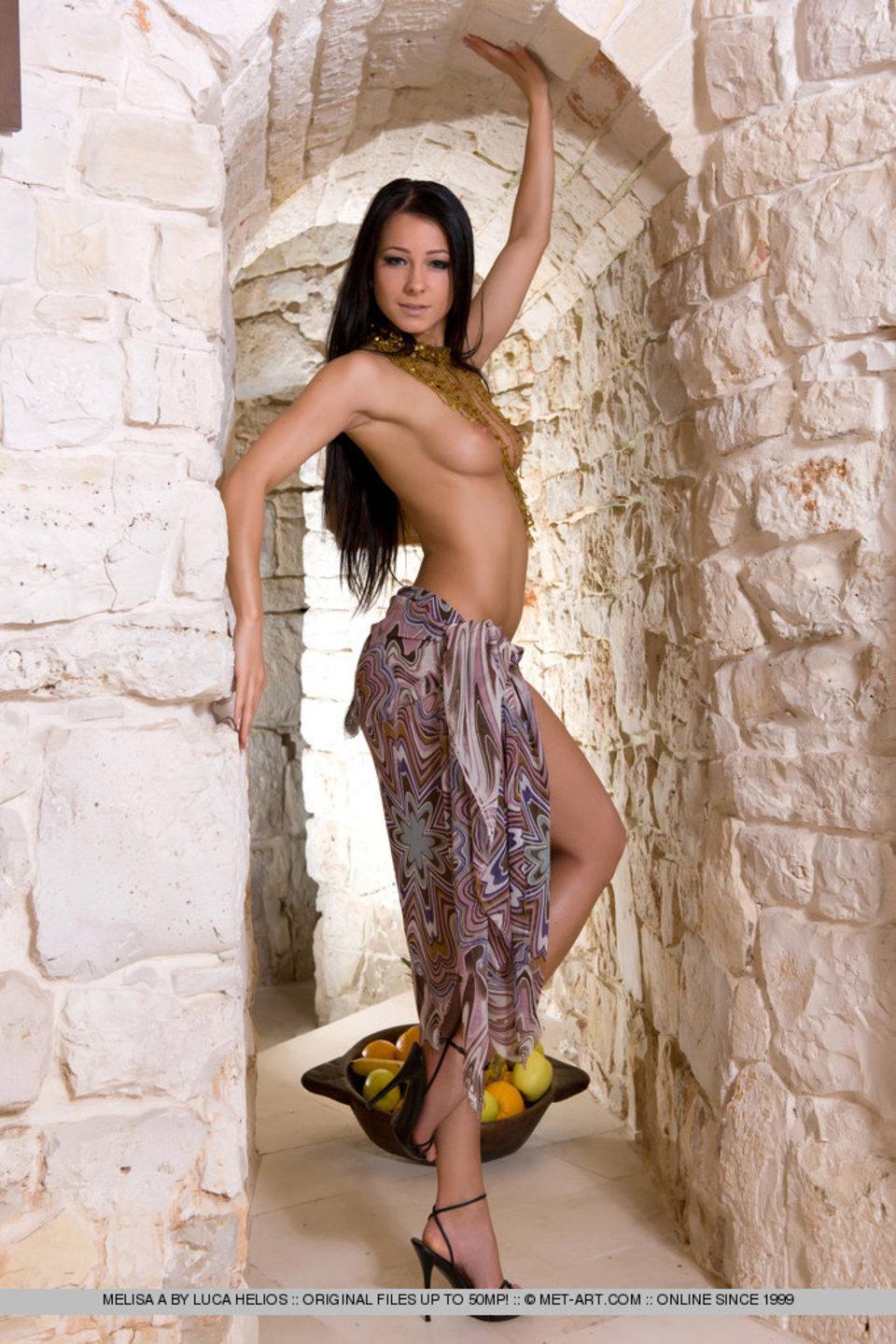 eroticheskiy-massazh-galernaya