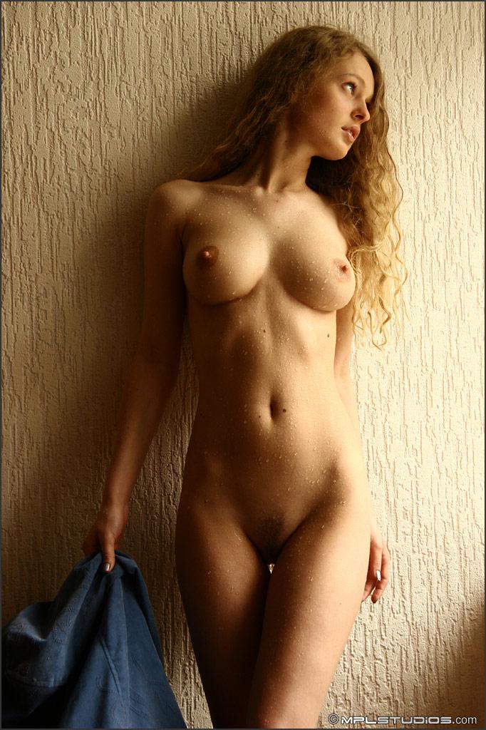 фото молодые красивые голые