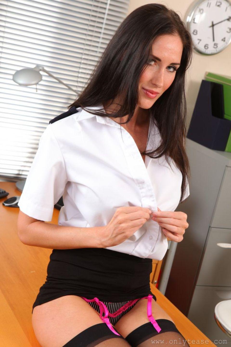 Сотрудница полиции порно 7 фотография