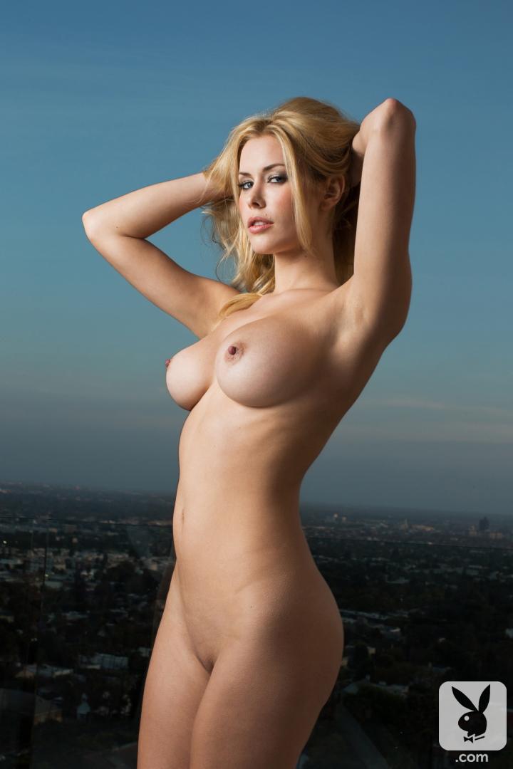 голые фото девушки американские