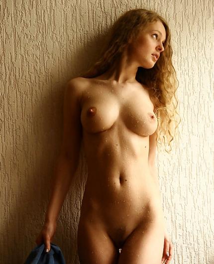 картинки эротические молодых девушек