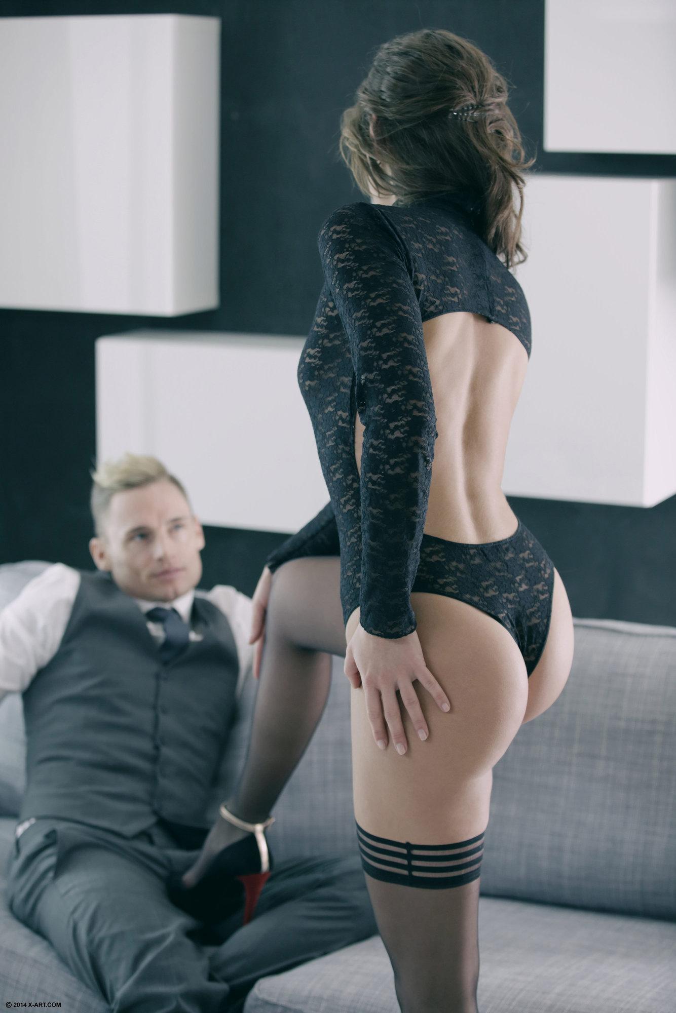 Соблазнила парня на секс в чулках 23 фотография