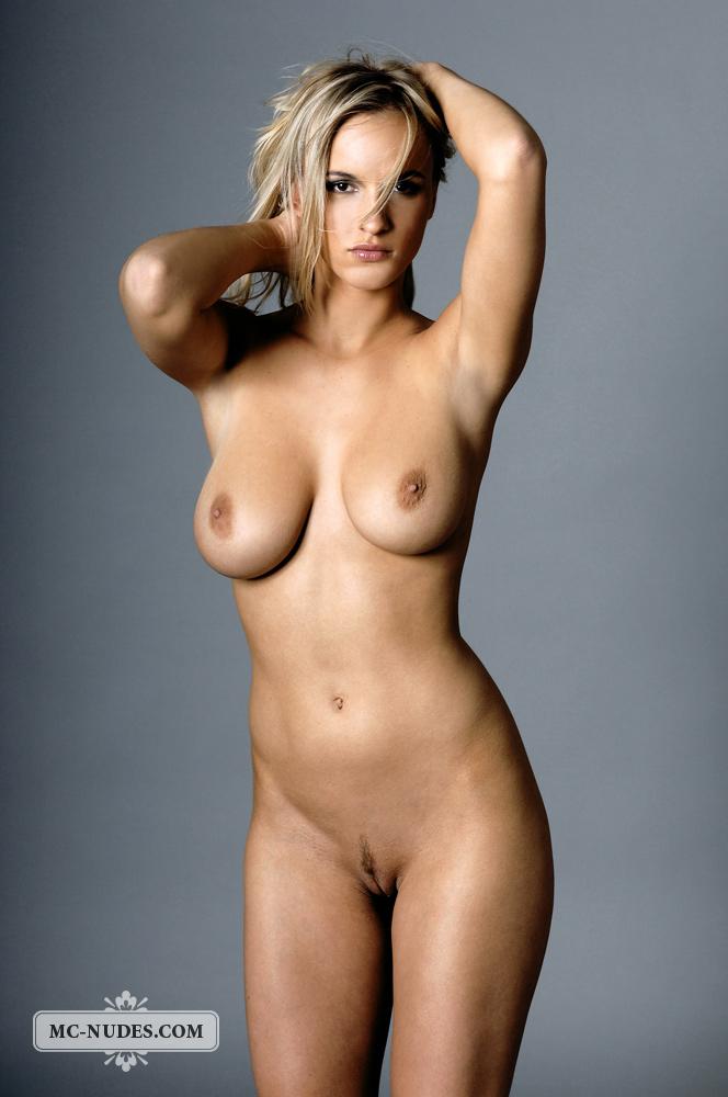 фото голые на видео телки фигуристые самые и