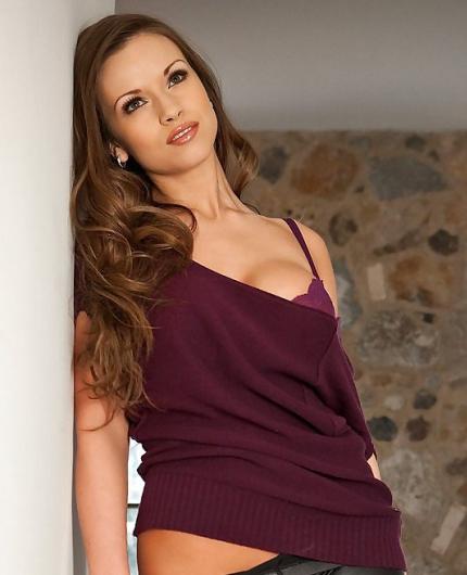 Kayleigh Elizabeth Erotic Gallery By Playboy